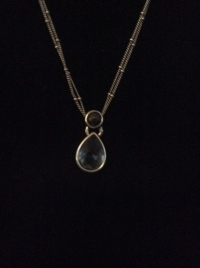Kenneth Cole Kenneth Cole blue pendent necklace