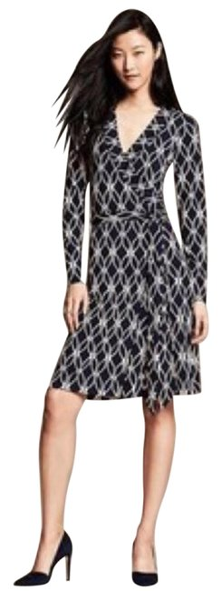 Preload https://item3.tradesy.com/images/banana-republic-navy-blue-with-white-wrap-above-knee-short-casual-dress-size-2-xs-19647457-0-3.jpg?width=400&height=650