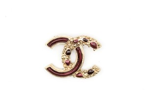 Chanel #8773 CC red gold Gripoix glass Brooch