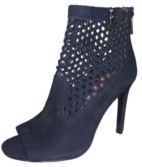 Preload https://item5.tradesy.com/images/vince-camuto-black-peep-toe-bootsbooties-size-us-55-1964769-0-0.jpg?width=440&height=440