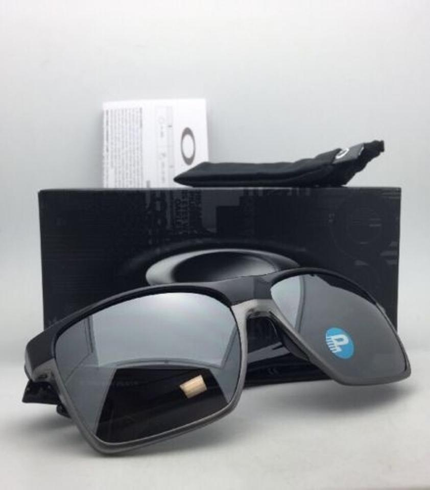 c61ff2f52a2 Oakley Twoface Xl Oo9350-01 Black Frames W  Black Iridium Polarized W Black  Sunglasses