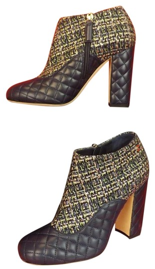 Preload https://img-static.tradesy.com/item/19647849/chanel-blue-green-tweed-navy-quilted-leather-logo-zip-bootsbooties-size-eu-38-approx-us-8-regular-m-0-1-540-540.jpg