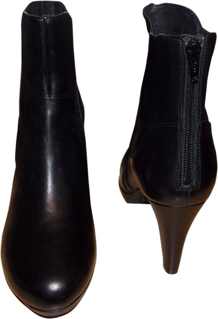 Clarks Black Boots/Booties Size US 7.5 Regular (M, B) Clarks Black Boots/Booties Size US 7.5 Regular (M, B) Image 1