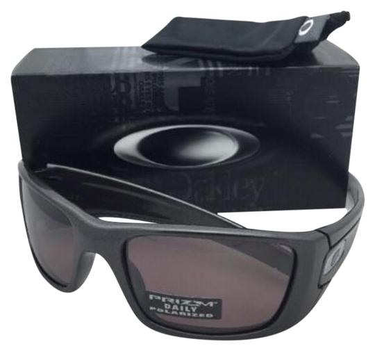 Preload https://item1.tradesy.com/images/oakley-fuel-cell-oo9096-h7-60-19-granite-w-prizm-daily-polarized-wprizm-sunglasses-19648400-0-1.jpg?width=440&height=440