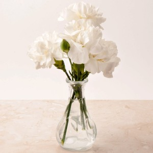 30 Pinched Bud Vases