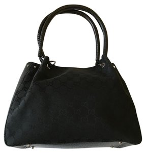 Gucci Saddle Leather Satchel in Black