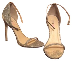 JustFab Heels Platform Sparkly Gold Pumps