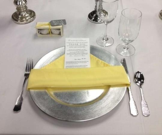 Yellow 17x17 Dinner Napkins (130 Count)
