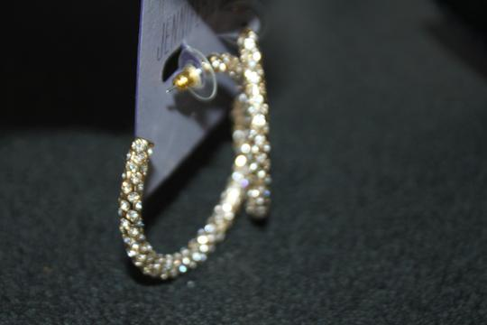 Jennifer Lopez GOLD TONE SOLID ROUND RHINESTONE PIERCED HOOP EARRINGS