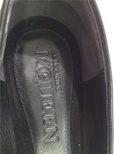 Alexander McQueen Loafer Skull Comfortable Made In Italy Black Suede Flats