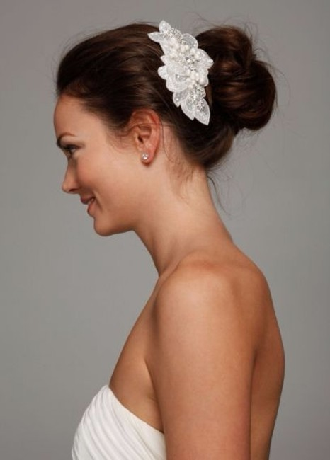 Item - White & Silver Sequin Beaded Comb with Pearls Hair Accessory