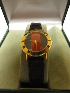 Gucci SALE Women's Gucci Watch New Sapphire Crystal Gucci Box Accurate Time