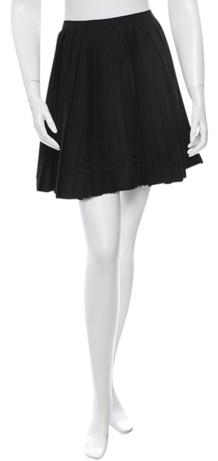 Preload https://item1.tradesy.com/images/band-of-outsiders-black-wool-pleated-miniskirt-size-6-s-28-19650710-0-1.jpg?width=400&height=650