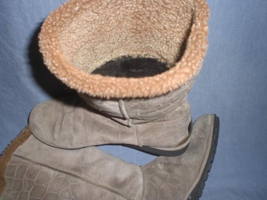 Stuart Weitzman Suede taupe Boots