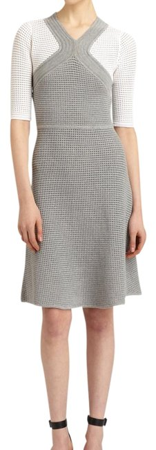 Yigal Azrouël Gray and White Above Knee Work/Office Dress Size 12 (L) Image 0