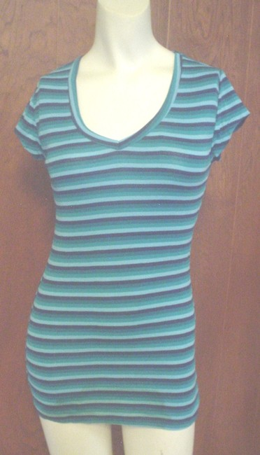 Preload https://item1.tradesy.com/images/next-era-blue-7-9-m-navy-teal-striped-v-neck-ss-style-tee-shirt-size-8-m-19652635-0-0.jpg?width=400&height=650