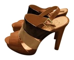 Jessica Simpson Tan,black,camel Sandals