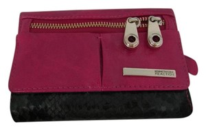 Kenneth Cole NWT Kenneth Cole Reaction Flap Indexer Berry