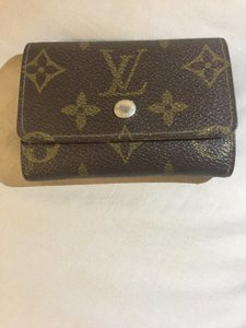 Louis Vuitton Louis Vuitton Credit Card Holder