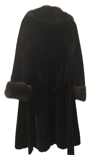 Preload https://item2.tradesy.com/images/dark-brown-russian-sable-and-mink-fur-coat-size-6-s-19652921-0-1.jpg?width=400&height=650