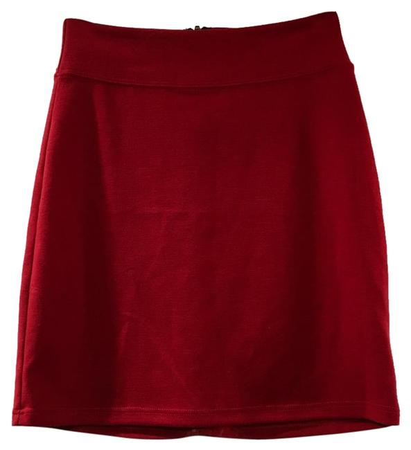 Preload https://img-static.tradesy.com/item/19653131/urban-outfitters-red-miniskirt-size-0-xs-25-0-1-650-650.jpg