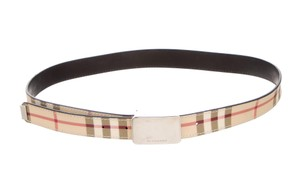 Burberry Beige, brown multicolor Burberry Nova check adjustable waist belt