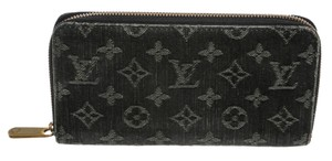 Louis Vuitton Louis Vuitton Black Denim Monogram Zippy Wallet