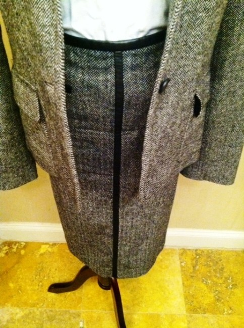 New Frontier New Frontier Black and White Tweed Wool Skirt Suit