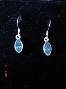 Unknown STERLING SILVER 925 BLUE TOPAZ DANGLE PIERCED FRENCH HOOK EARRINGS NEW