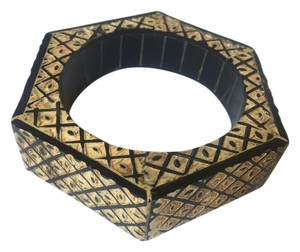Amrita Singh Wooden tribal bangle