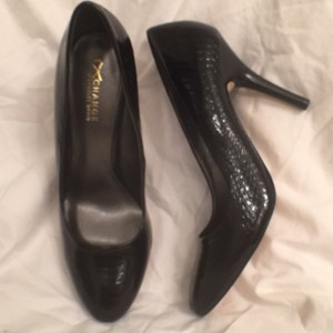 Charles David Snakeskin Formal New Black Pumps