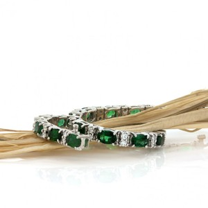 Emerald And Diamond 18kt White Gold Classic Ladies Bracelet