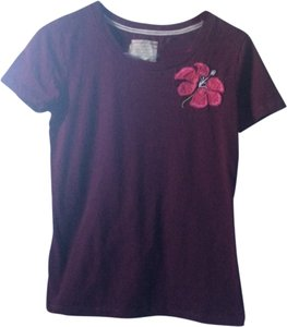 Hollister T Shirt Burgandy