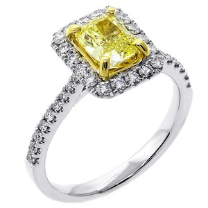 1.54 Cts Fancy Yellow Cushion Cut Diamond Engagement Ring Srt In 18k White Gold