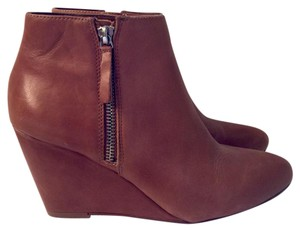 Dolce Vita Fall Camel Boots