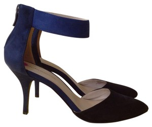 BCBGeneration Black & Blue Pumps