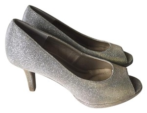 Kelly & Katie Sparkle Open Toe Pump Gold Shimmer Pumps