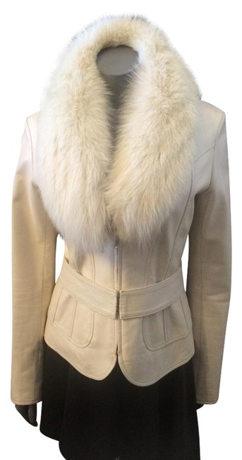Item - Ivory Genuine Leather Belted with Detachable Fox Trim Collar. Coat Size 6 (S)