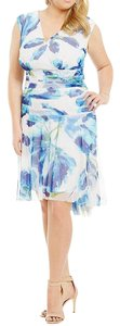 London Times New With Tags Plus Size Floral Asymmetrical Hem Dress