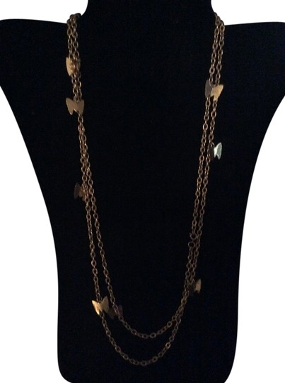 Preload https://item4.tradesy.com/images/gold-long-chain-necklace-1966008-0-0.jpg?width=440&height=440