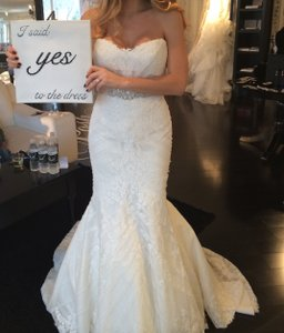 Matthew Christopher Off White / Off White Sofia Gown Traditional Wedding Dress Size 10 (M)
