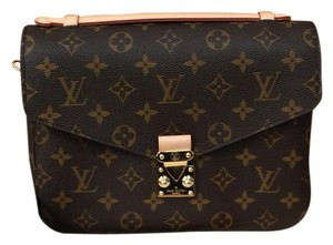 6c07525adb69 Louis Vuitton Cross Body Bags - Up to 70% off at Tradesy