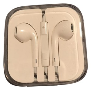 Apple New Original Genuine Apple Iphone EarPods Earphones W/ Remote&Mic