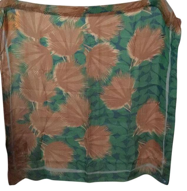 Item - Green with Tan Scarf/Wrap