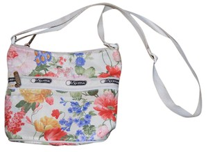 LeSportsac Tote in White, Floral