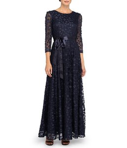Tahari Navy Blue Satin with Lace Overlay Long Gown Formal Bridesmaid/Mob Dress Size 10 (M)