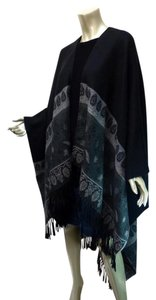 V. FRAAS Draping Border Print Fringe Cape