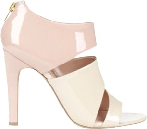 Juliana hough Blush Pumps