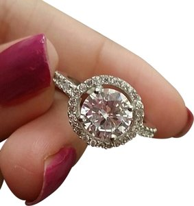 unknown sizes 5 6 7 8 9 halo diamond cz sterling silver .925 engagement ring 2ct