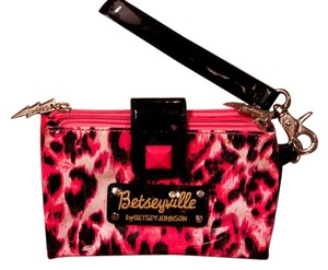 Betsey Johnson Betsy Wristlet in Pink and black leopard print